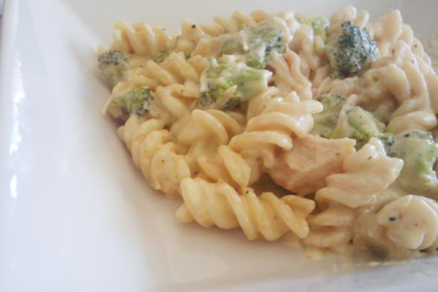 Provolone and Broccoli Alfredo
