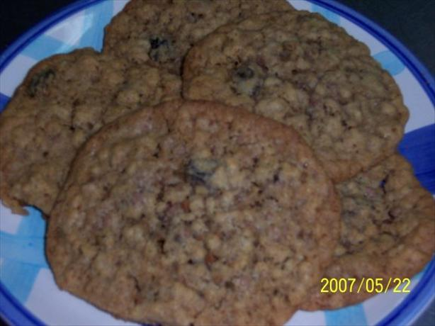 The Very Best Oatmeal Raisin Cookies Ever!