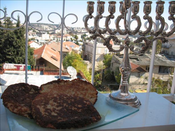 Buchinik (Cartoflan)-Galician Potato Pancakes (Latkes)