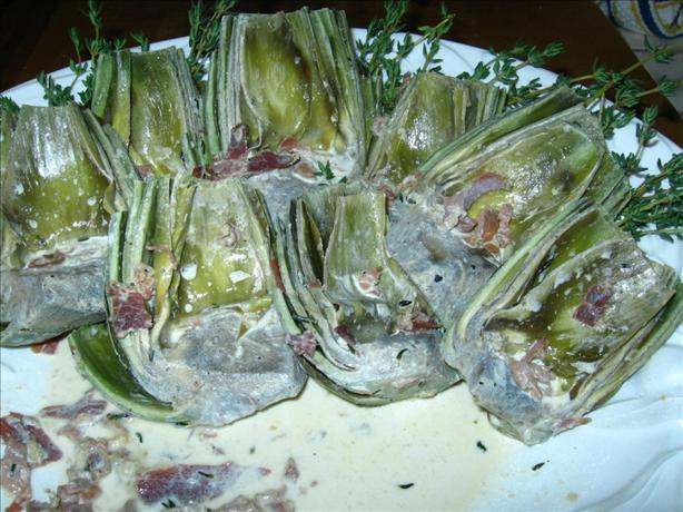 Artichokes With Prosciutto and Cream