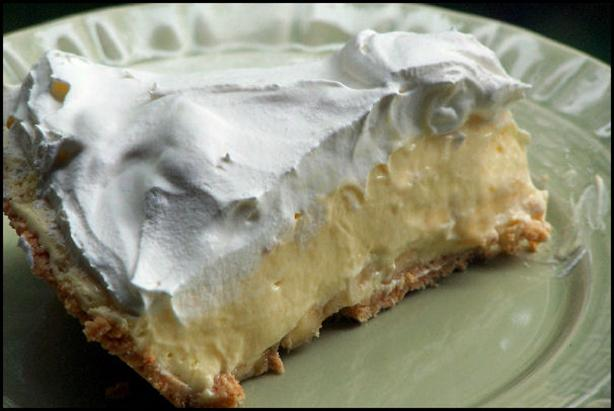 French Vanilla Banana Cream Pie