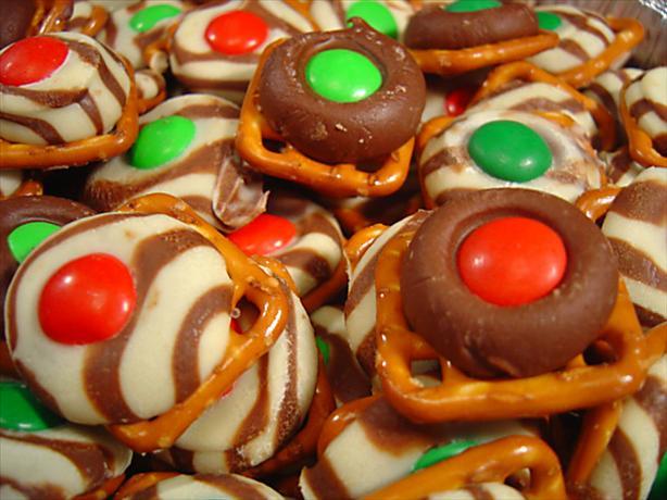 Easy, Festive Chocolate Holiday Pretzels
