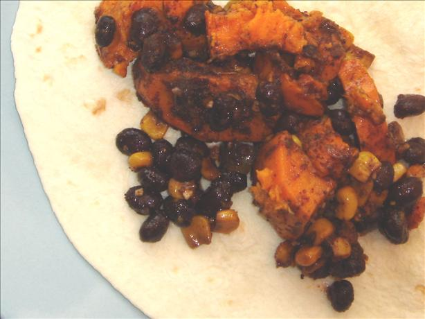 Black Bean and Sweet Potato Burritos (Slow Cooker)