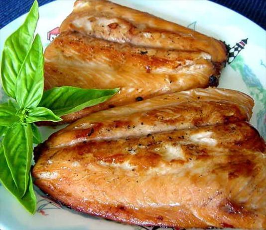 911 Salmon