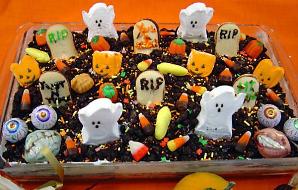 Spooktacular Halloween Graveyard Cake