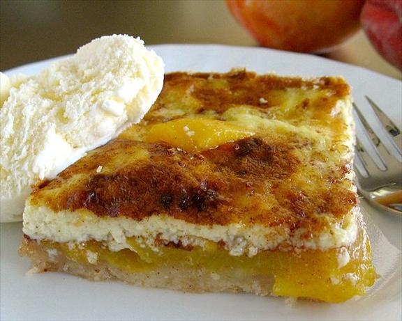 Peach-custard Kuchen