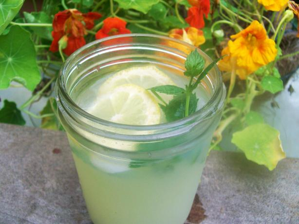 Vietnamese Mint Lemonade