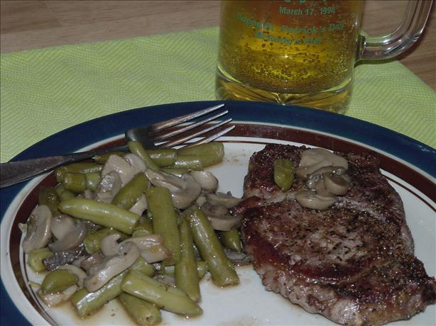 Steak With Green Beans and Mushrooms for Two