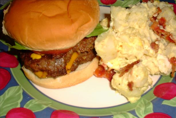 Smoked Cheddar & Bacon Stuffed Hamburgers
