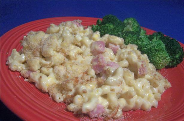 Canadian Living's Macaroni and Cheese With Ham