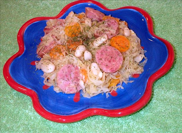 Kielbasa With Sauerkraut, Carrots, White Beans and Dill