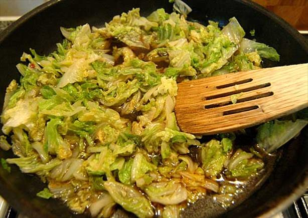 Stir-Fried Spiced Cabbage (La-Pai-Ts'ai)