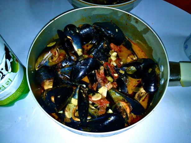 Zuppa De Clams (Or Mussels)