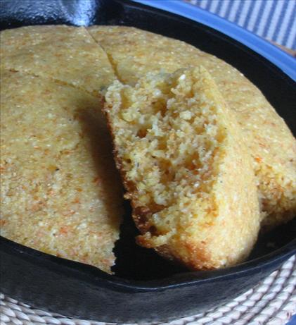 Simple Skillet Cornbread