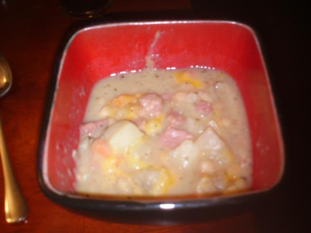 Homestyle Ham and Bean Soup