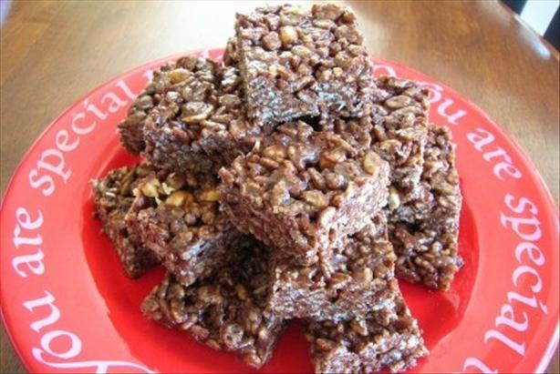 Chocolate-Peanut Crisp Bars