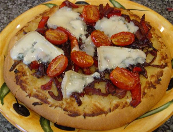 Blue Cheese and Caramelised Onion Pizza