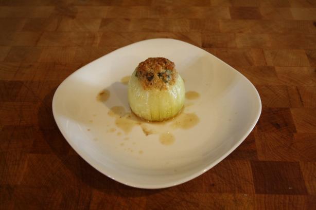Baked Stuffed Onions