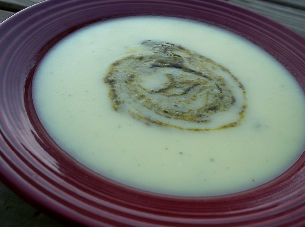 Potato and Pesto Soup