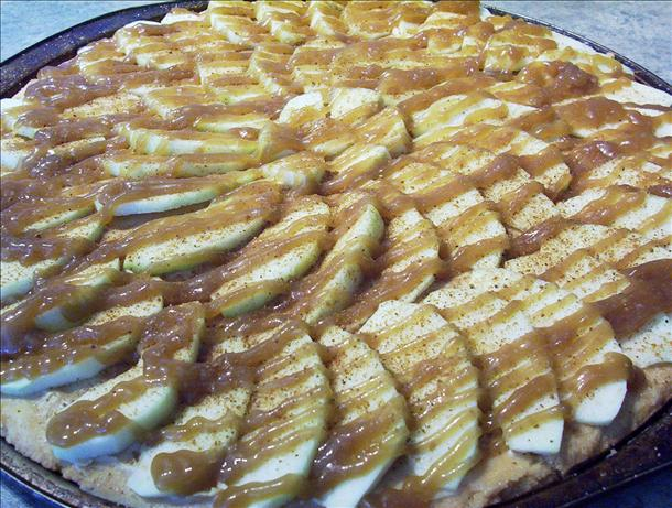 Taffy Apple Pizza