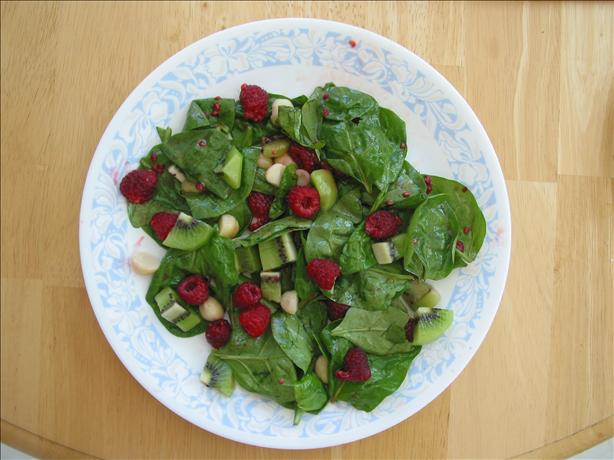 Splendid Raspberry Spinach Salad