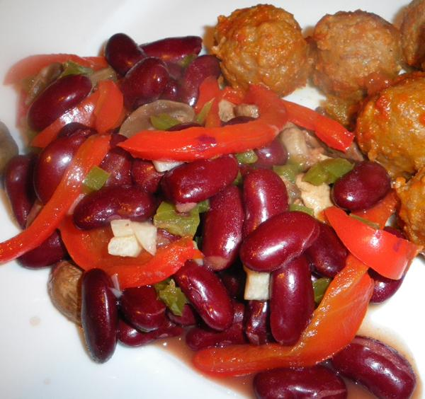 Bell Pepper, Kidney Beans, and Mushrooms