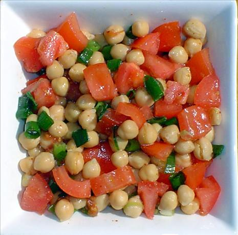 Chickpea and Fresh Tomato Toss