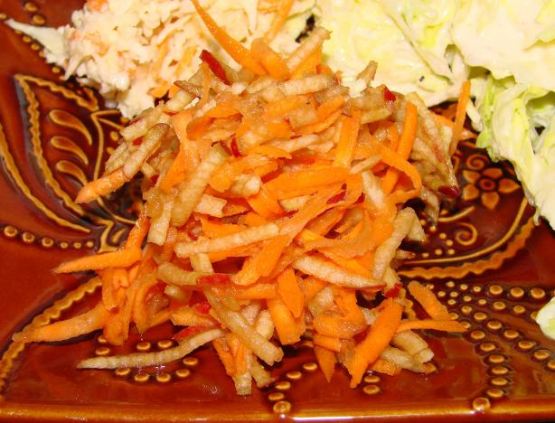 Quick Carrot and Apple Salad