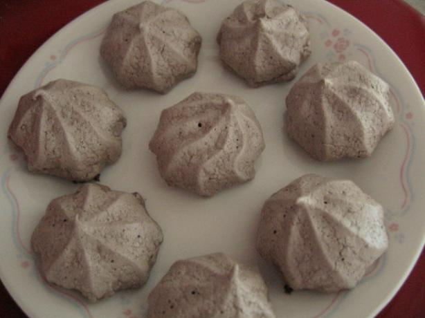 Chocolate-Cinnamon Meringues