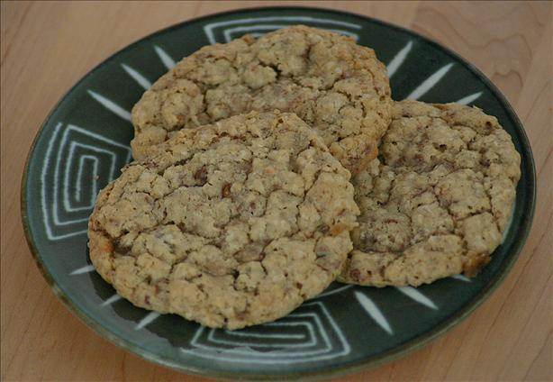 Oat n' Toffee Cookies