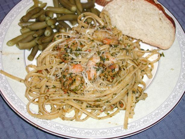 Linguini with Shrimp and Tomato Hazelnut Pesto