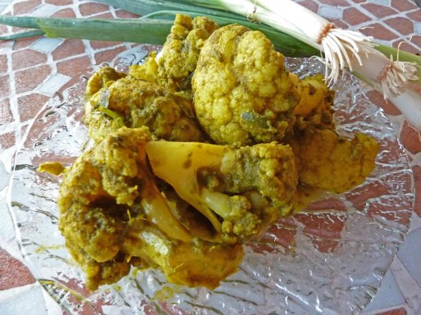 Cauliflower in Green Masala