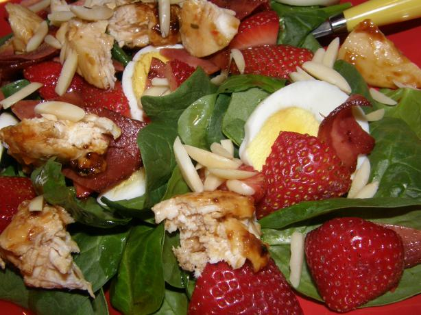Incredible Chicken Strawberry Spinach Salad