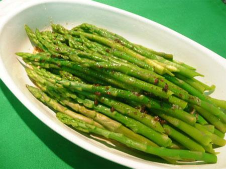 Nutty Flavoured Asparagus