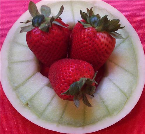 Melon Rings with Strawberries