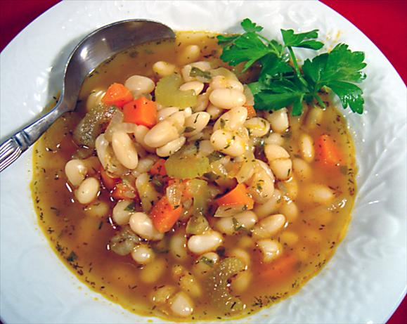 Greek Bean Soup (Fasoulada)