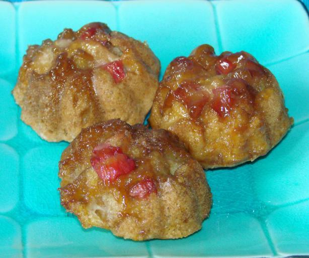 Sticky Rhubarb Muffins