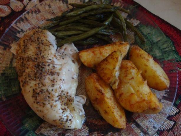 Golden Brown Paprika Potatoes