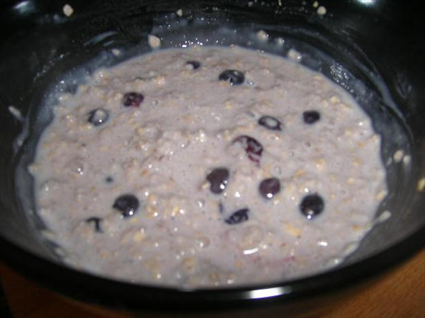 Oatmeal with Barley and Blueberries