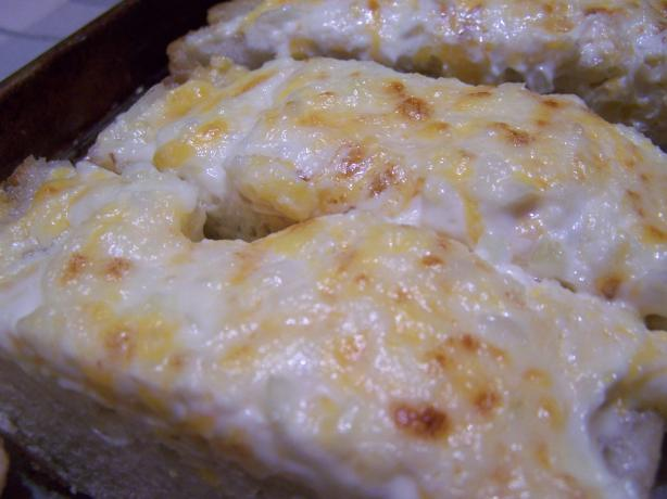 Garlic Bread with Mayo & Cheddar
