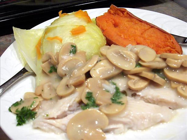 Diabetic, Low-fat Fish Steaks with Mushroom Sauce