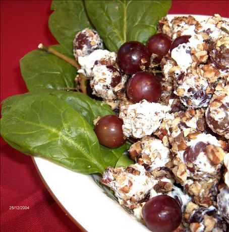 Cream Cheese Grapes With Nuts