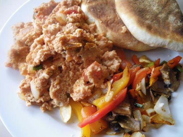 Shikshuka (Scrambled eggs and tomatoes)(شكشوكه)