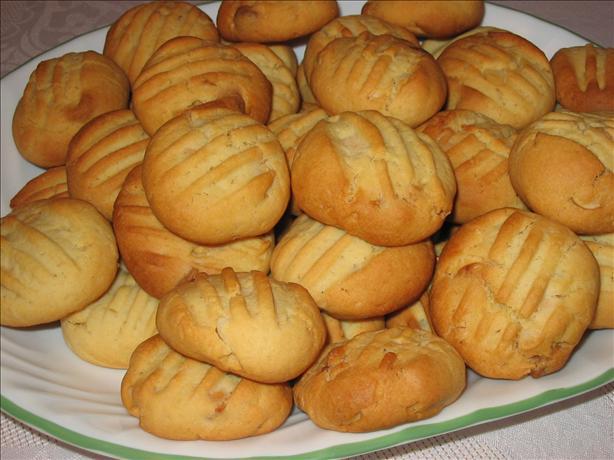 Macadamia and White Chocolate Biccies