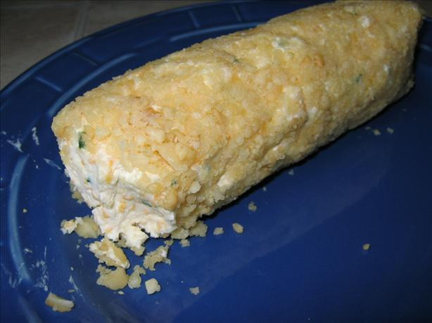 Macadamia cheese log