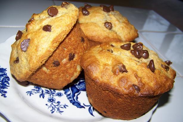 Moist Banana Chocolate Chip Muffins