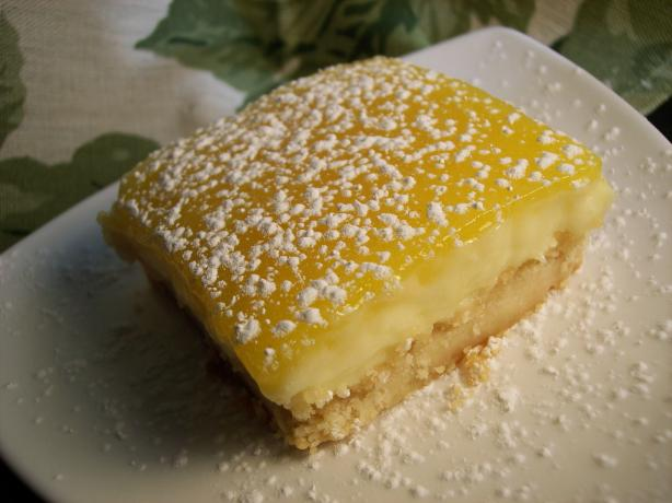 Mrs. Field's Triple-Layered Lemon Bars