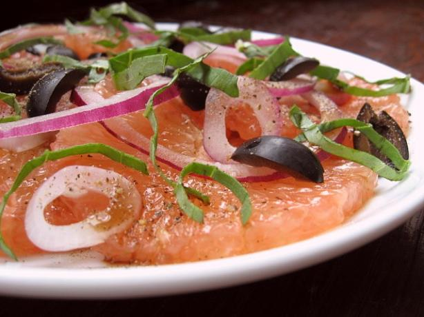 Grapefruit, Onion and Basil Salad