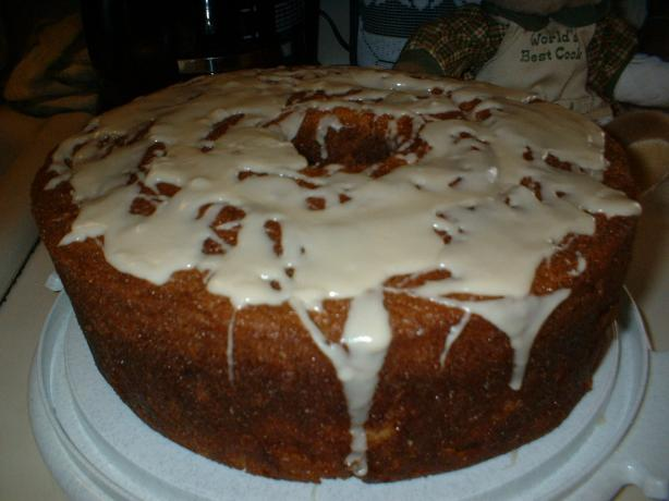 Apricot Brandy and Rum Pound Cake With Peaches