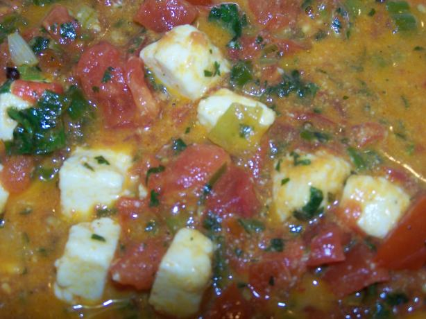 Paneer With Scallions and Tomatoes (Mulayam Paneer Bhurjee)